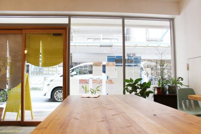 """独立のタイミングは、先を見た""""将来の時間軸""""で考える 建築事務所にシェアキッチンを併設し、チャレンジショップを支援する 「藤棚デパートメント」オーナー 永田賢一郎さん"""